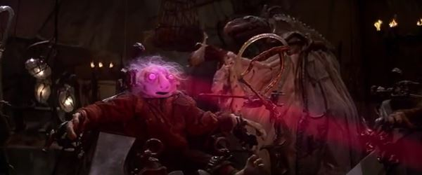 A gelflng from the Dark Crystal has it's essence drained